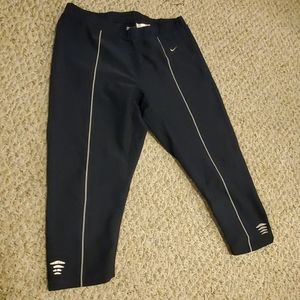 Navy Nike workout capris | L